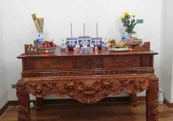 Cách bày bát hương trên bàn thờ