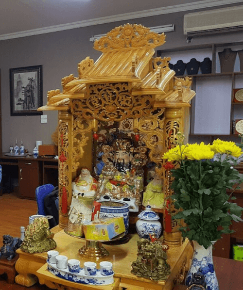 Hình ảnh bàn thờ Ông Địa - Thần Tài