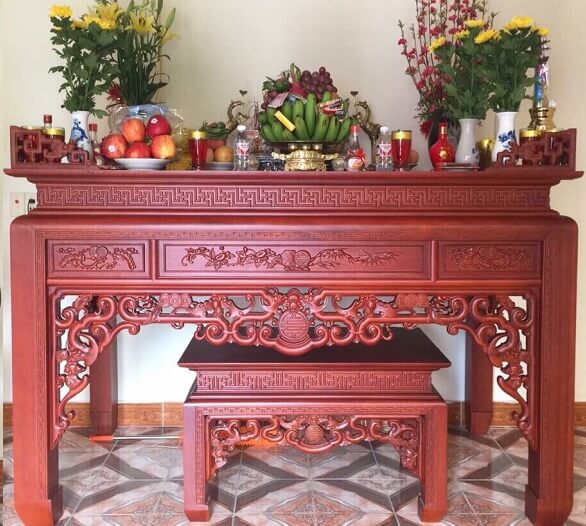 Kinh nghiệm mua bàn thờ gia tiên