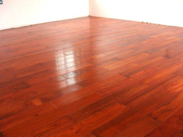 Bí quyết xử lý nhanh chóng và hiệu quả khi sàn gỗ bị phồng