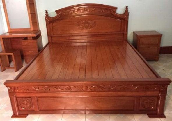 giường gỗ gội