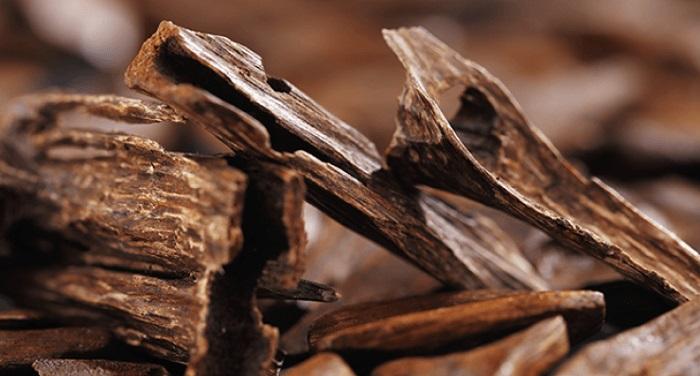 gỗ trầm hương