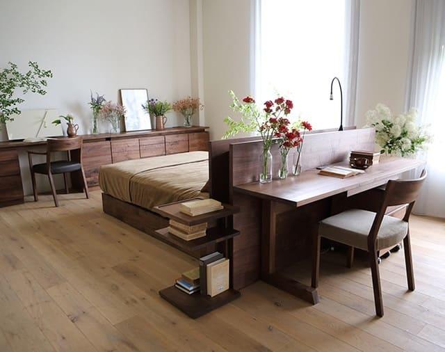 Giường ngủ kiểu Nhật kết hợp với bàn làm việc