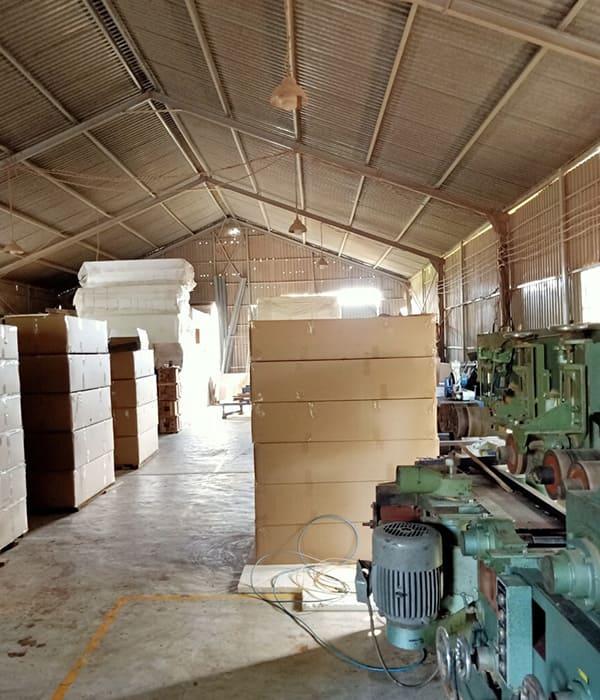 Nhà xưởng sản xuất các sản phẩm giường 1m2 của Lạc An
