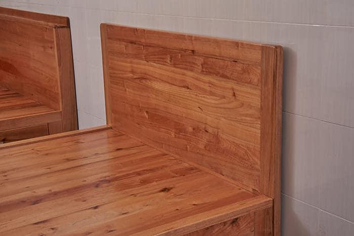 Giường hộp gỗ giá tỵ