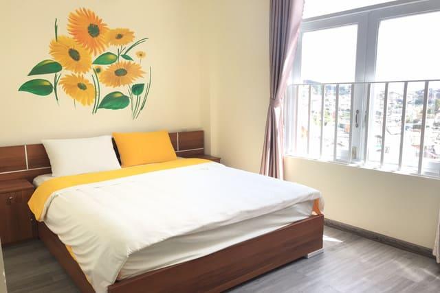 Giường ngủ 1m8 thường được nhiều người Việt lựa chọn