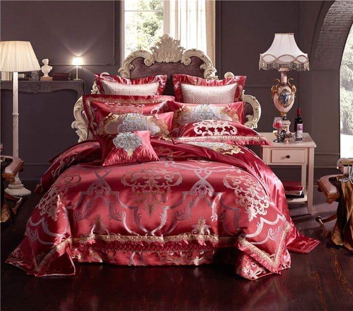giường cưới hoàng gia