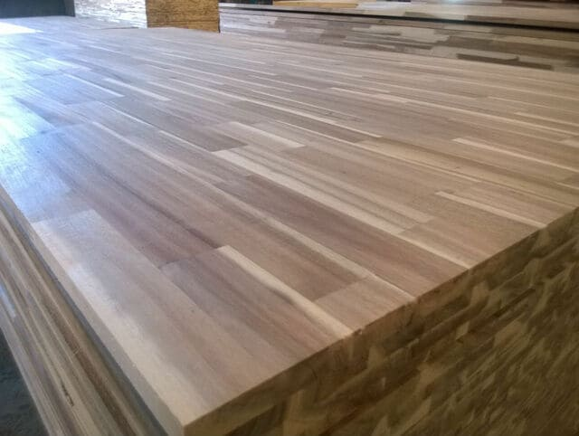 Giá gỗ keo ghép thanh