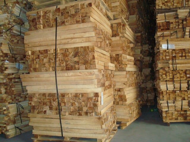 Giá gỗ keo xẻ