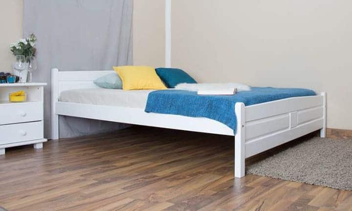 Giường gỗ ép