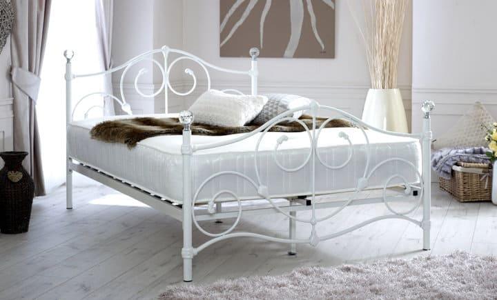 Giường ngủ tân cổ điển khung kim loại