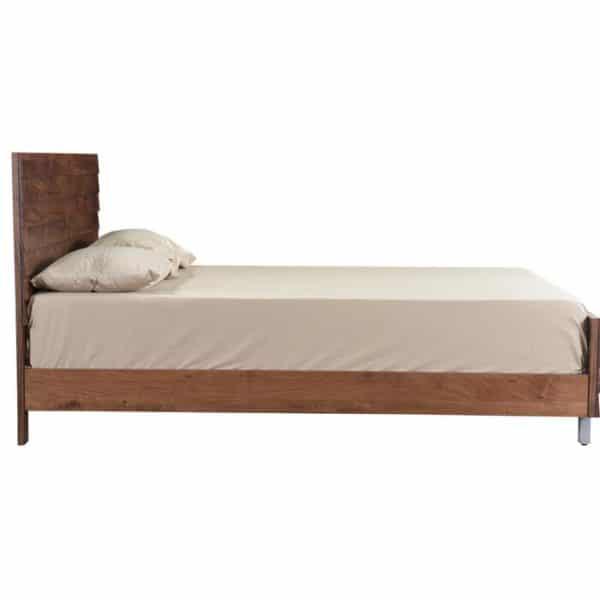 Mặt nghiêng giường gỗ keo K02