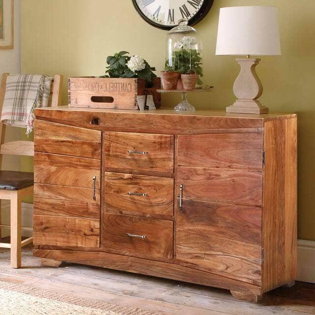Tủ bằng gỗ keo