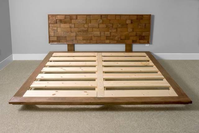 Đặt dát giường hộp gỗ tự nhiên hợp phong thủy