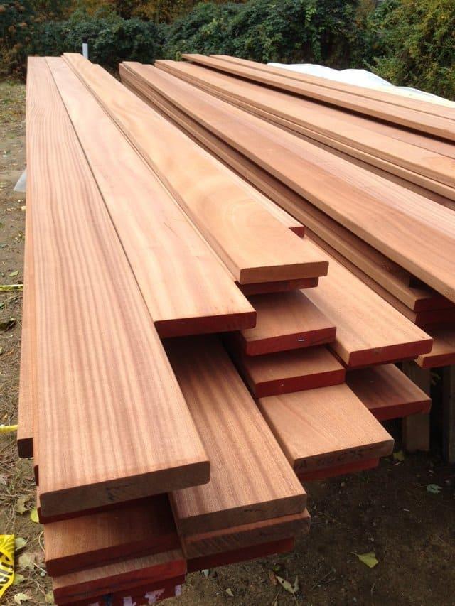 Dát giường hộp chất liệu gỗ xoan