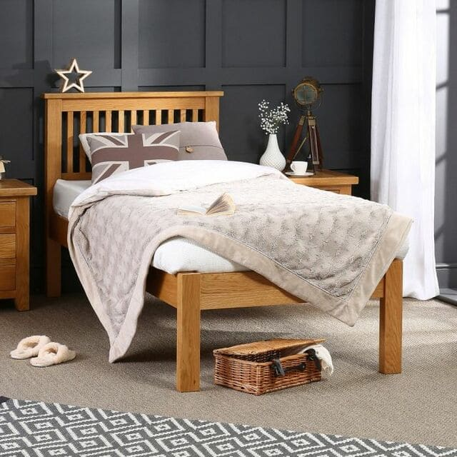 Giá giường ngủ gỗ sồi