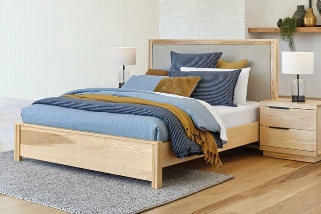 Giá giường ngủ gỗ tần bì
