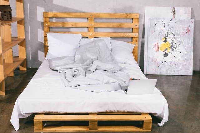 Giường gỗ pallet 1m x 1m9