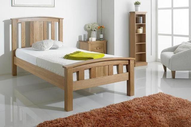 Giường ngủ gỗ sồi nga giá bao nhiêu