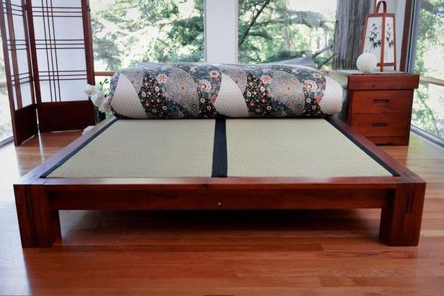 Giường ngủ xoan đào kiểu Nhật