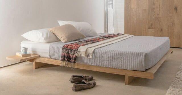 Giường phản gỗ giúp tiết kiệm không gian phòng ngủ