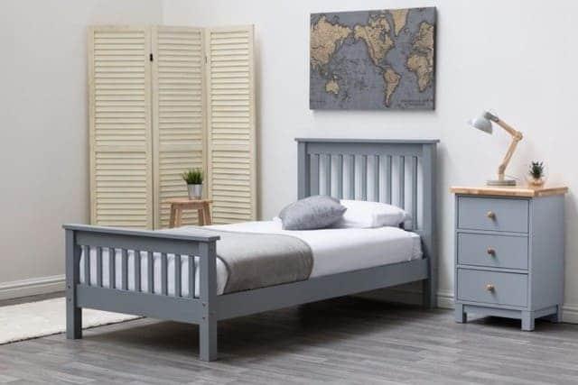 Giường đơn bằng gỗ