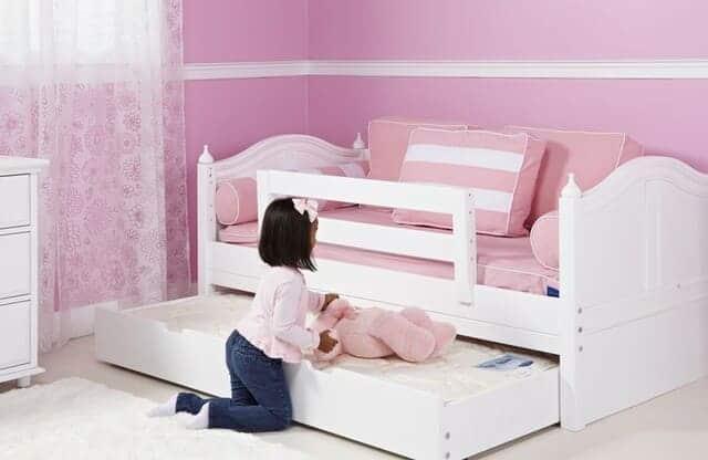 Giường ngủ đơn cho bé gái 5 tuổi