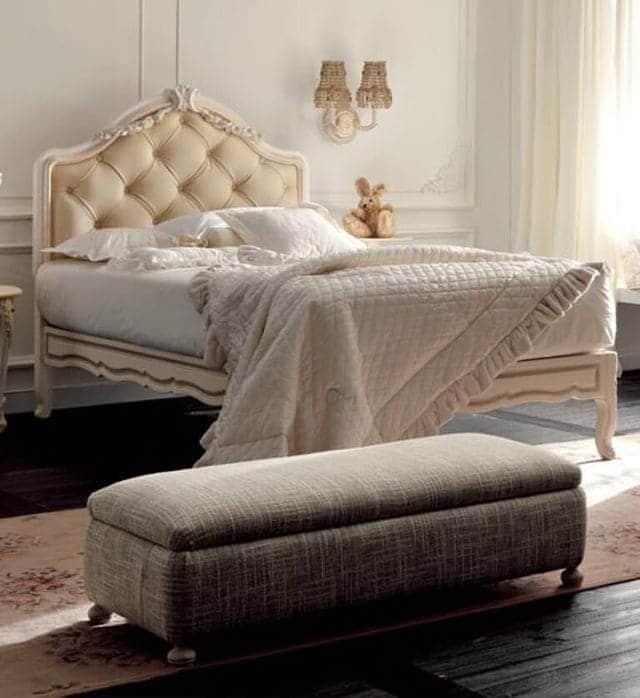 giường đơn phong cách hoàng gia