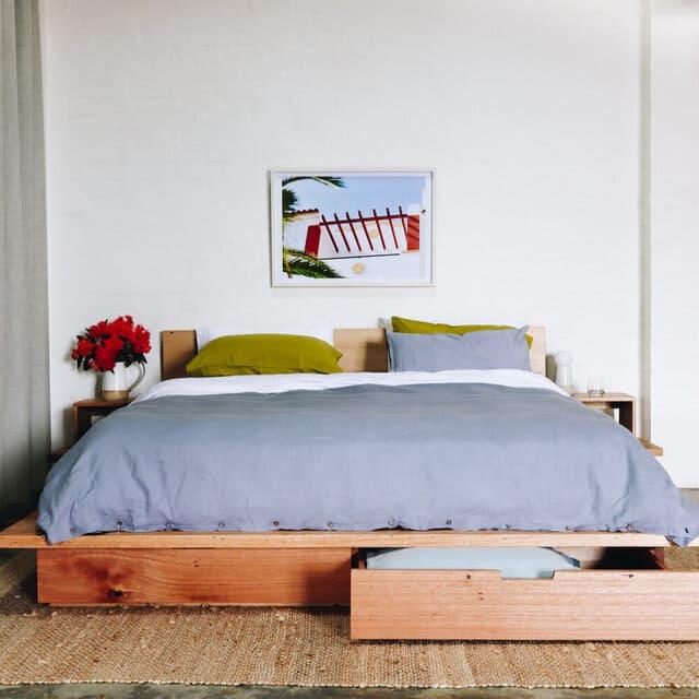 Giường có hộc kéo