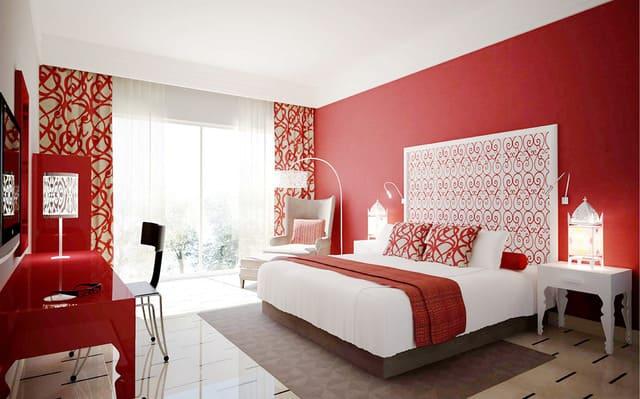 Phòng ngủ với tông màu đỏ