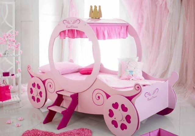 Mẫu giường công chúa lấy cảm hứng từ xe ngựa