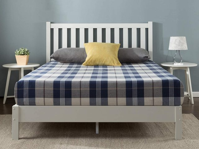 Mẫu giường gỗ trắng hiện đại