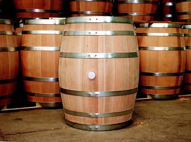 Thùng ủ rượu vang